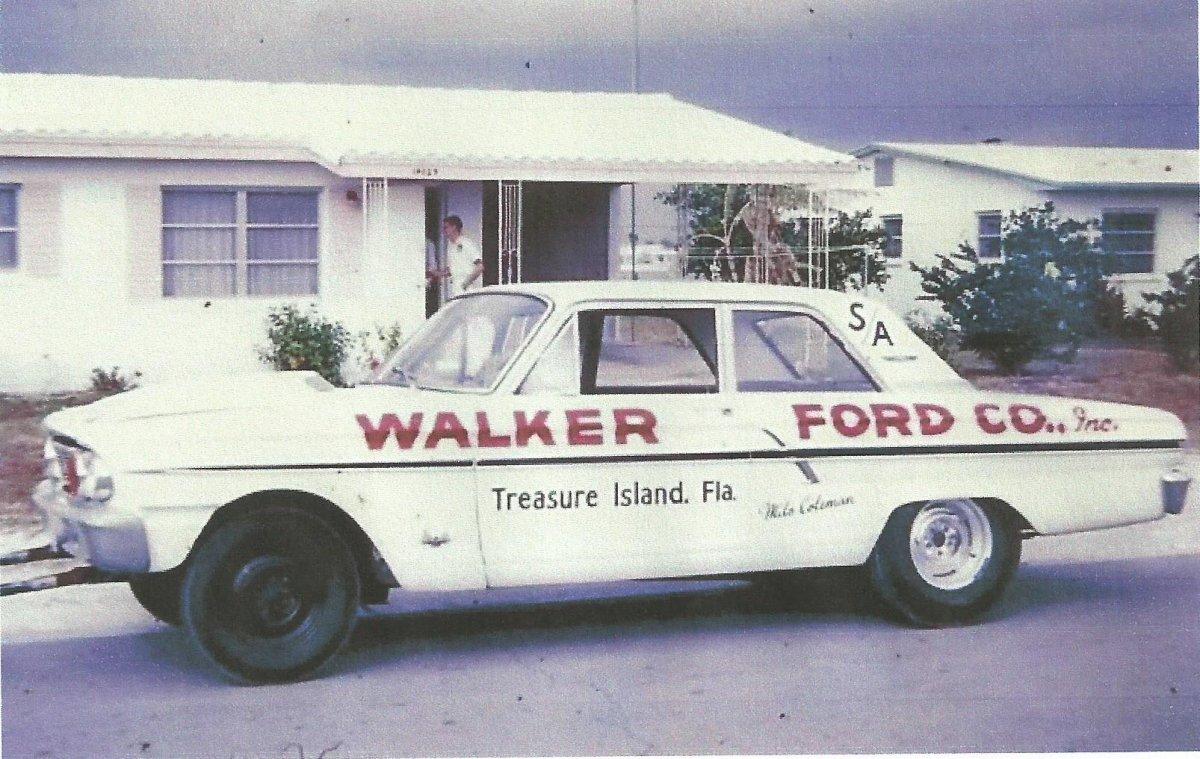 4F41K167196 Walker Ford.jpeg