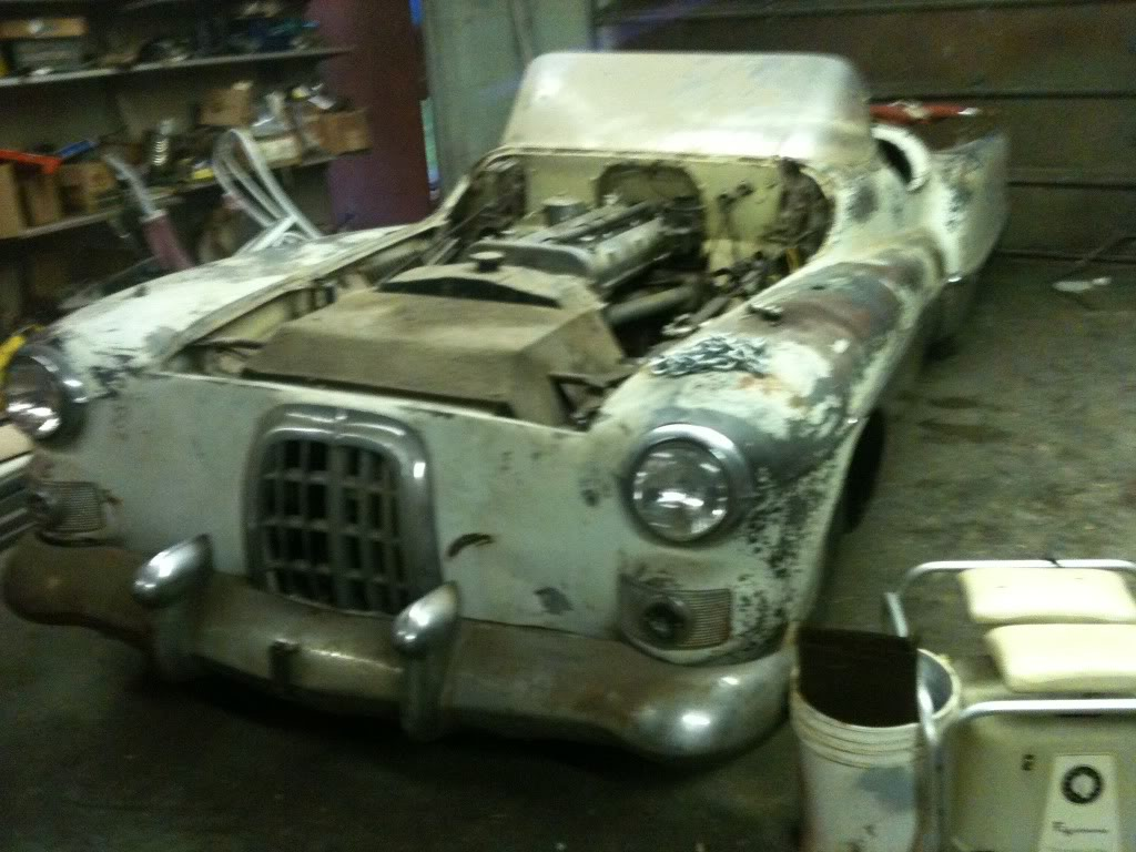 Real Barn Find...Old Custom Roadster...HELP...   The H.A.M.B.