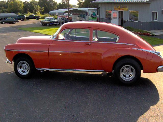 50 Oldsmobile Club Sedan 011.jpg