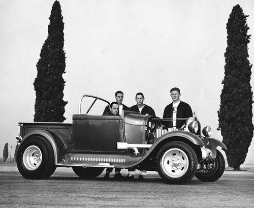 500px-Buzz-dean-lowe-1929-ford.jpg
