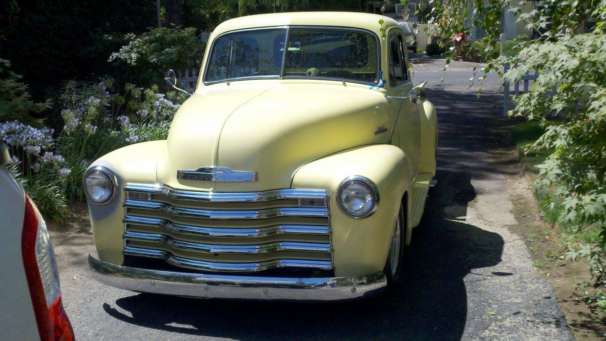 52 Chevy2.jpg
