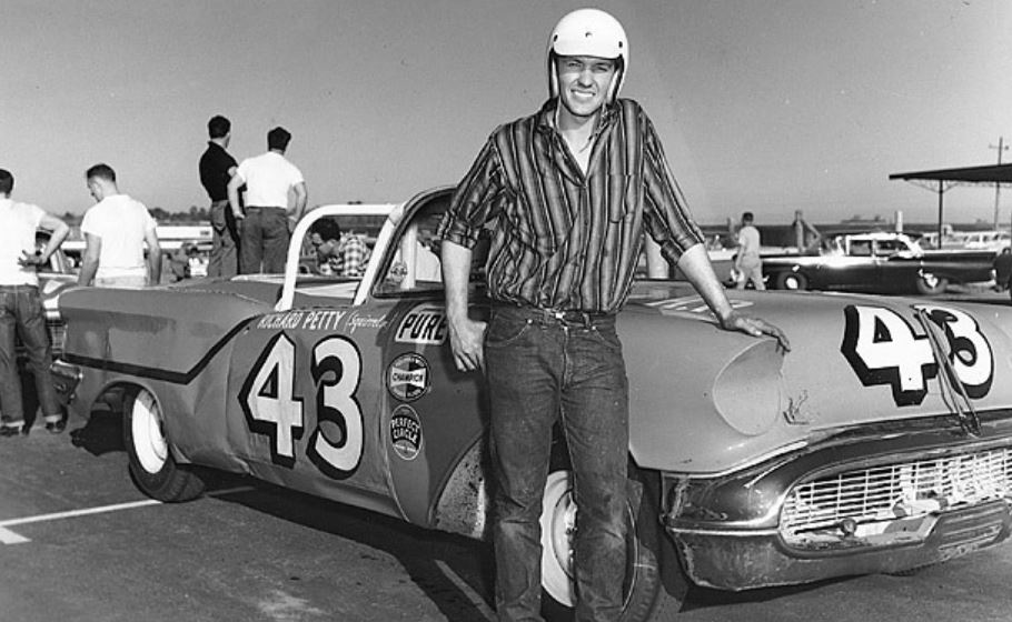 52 Petty, shown here next to the 1957 Oldsmobile he drove in the first Daytona 500,.JPG