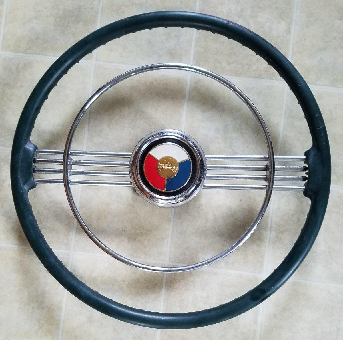 53 Buick Steering Wheel.jpg