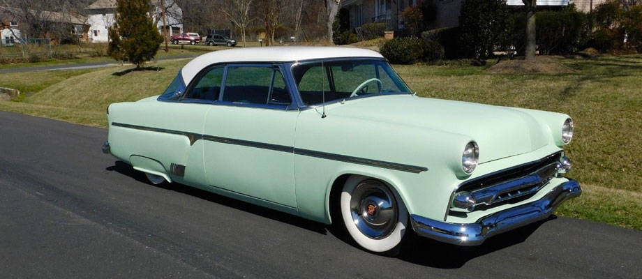 53 Ford front mint.jpg