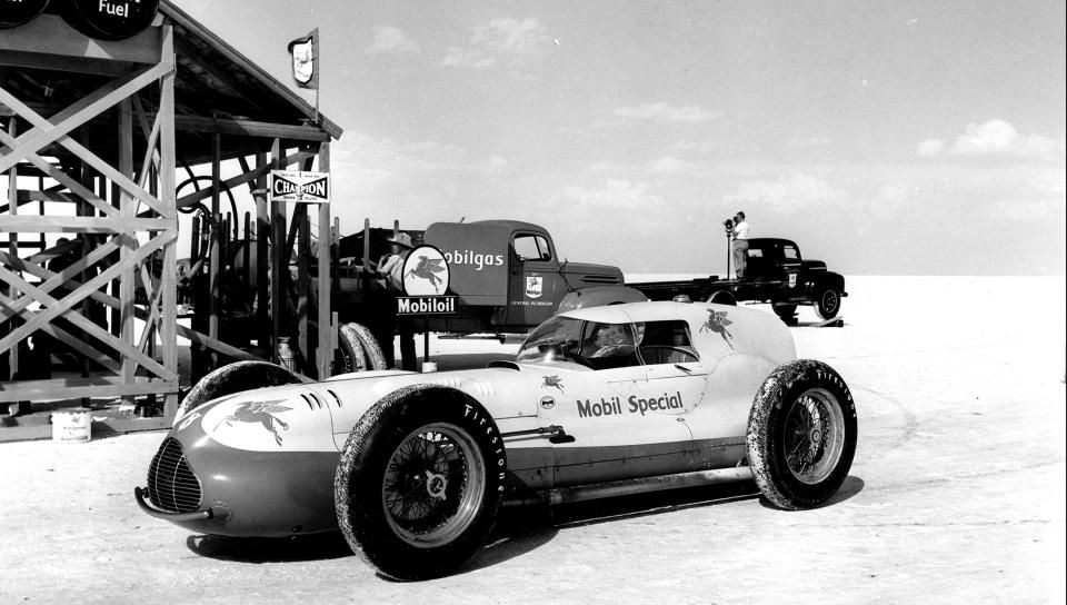 54 An Indy 500 veteran Novi on the Bonneville Salt Flats..jpg