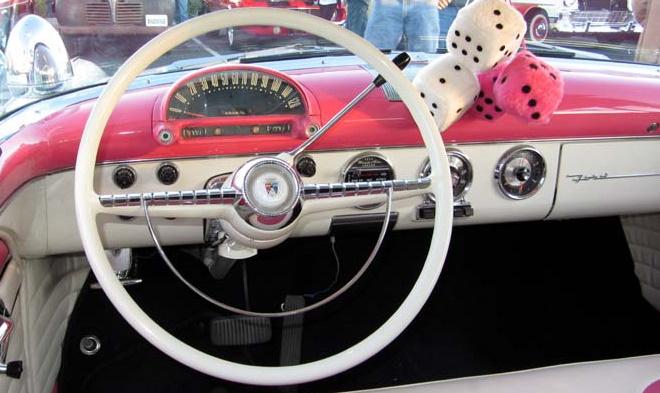 55 Ford dash.jpg