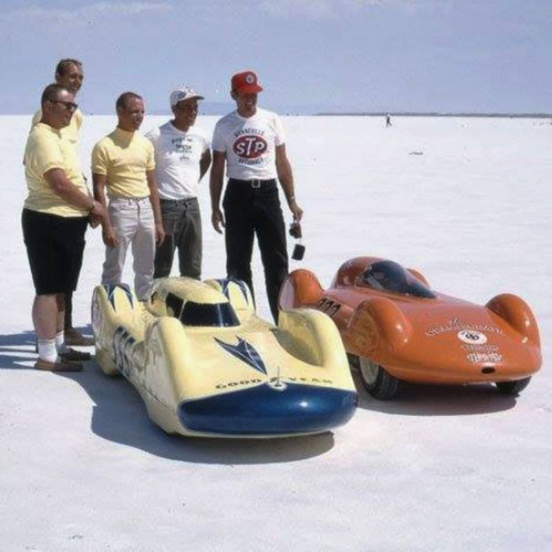 #555 I - Ballpoint Banana 'liner (5) & #222 I - Orange Crate 'liner - 1966.jpg