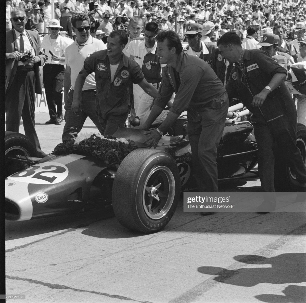 56  1965 Indianapolis 500. Team Lotus crew member.jpg