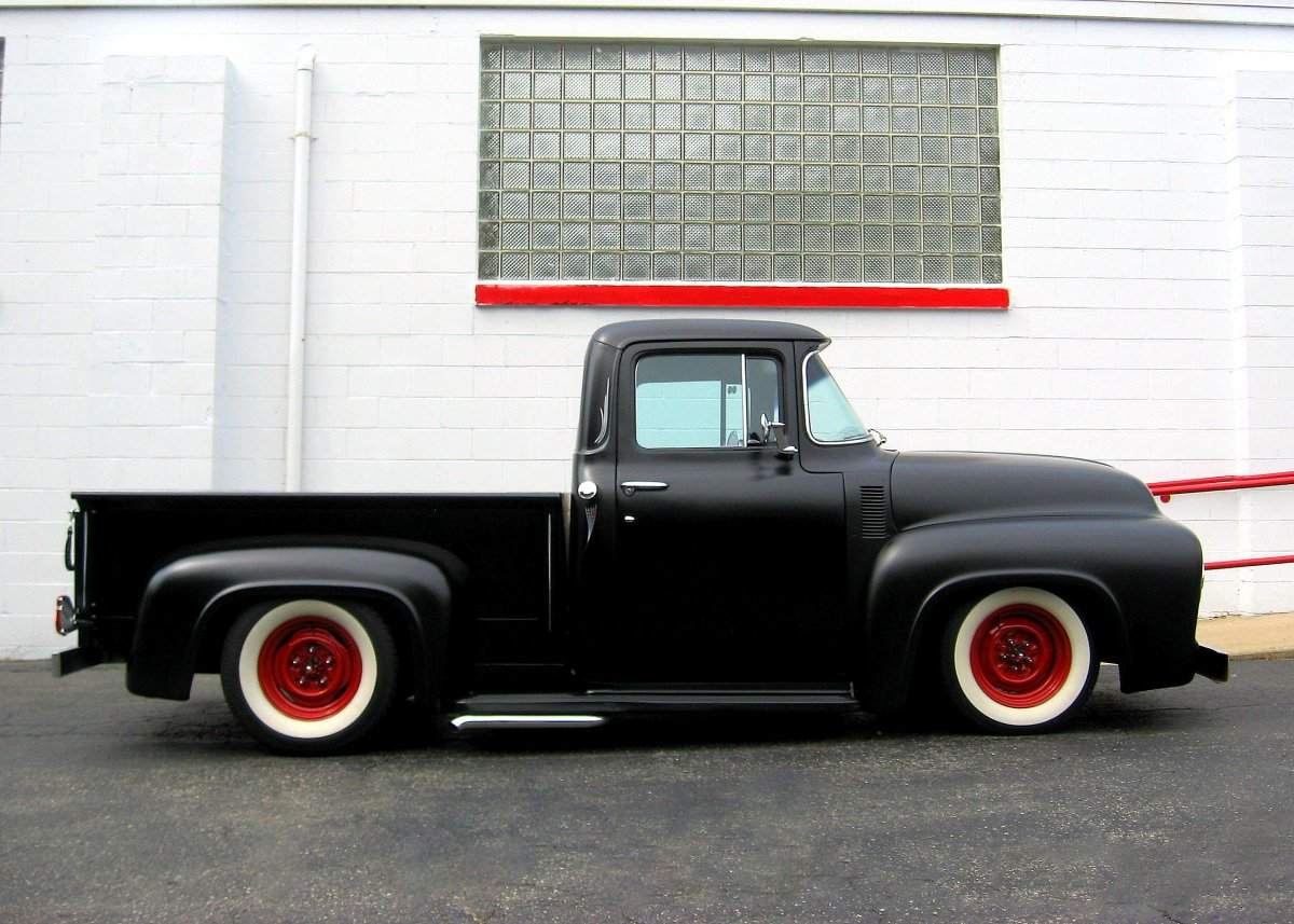 56 F100 black kick pipes.JPG