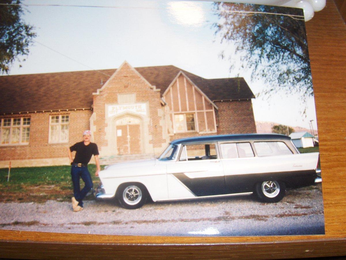 '56 Plymouth 005.JPG