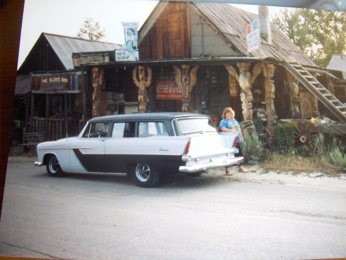 '56 Plymouth 007.JPG