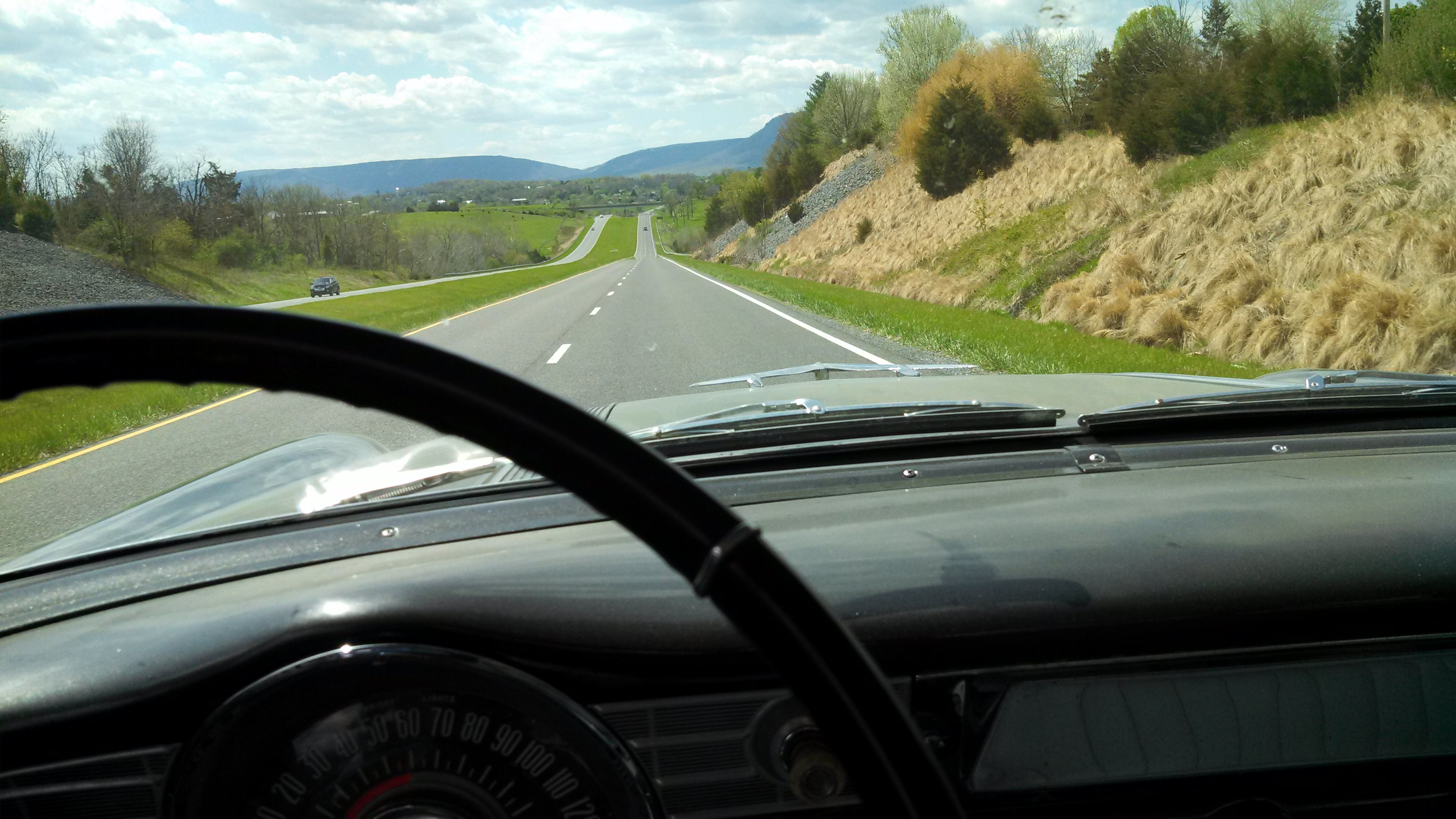 56 pontiac 4-26-2014 road pic.jpg