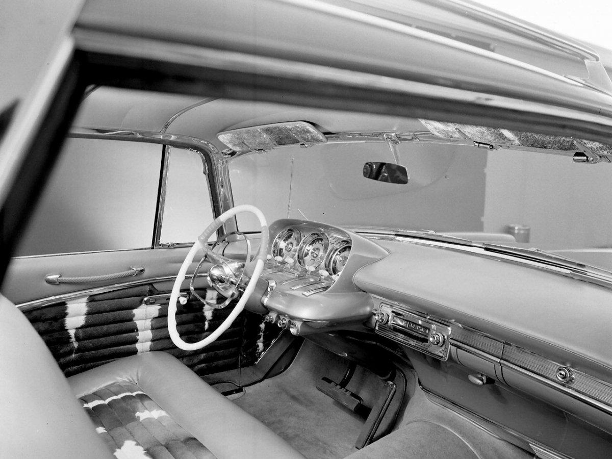 56_Plymouth_Plainsman_Interior.jpg