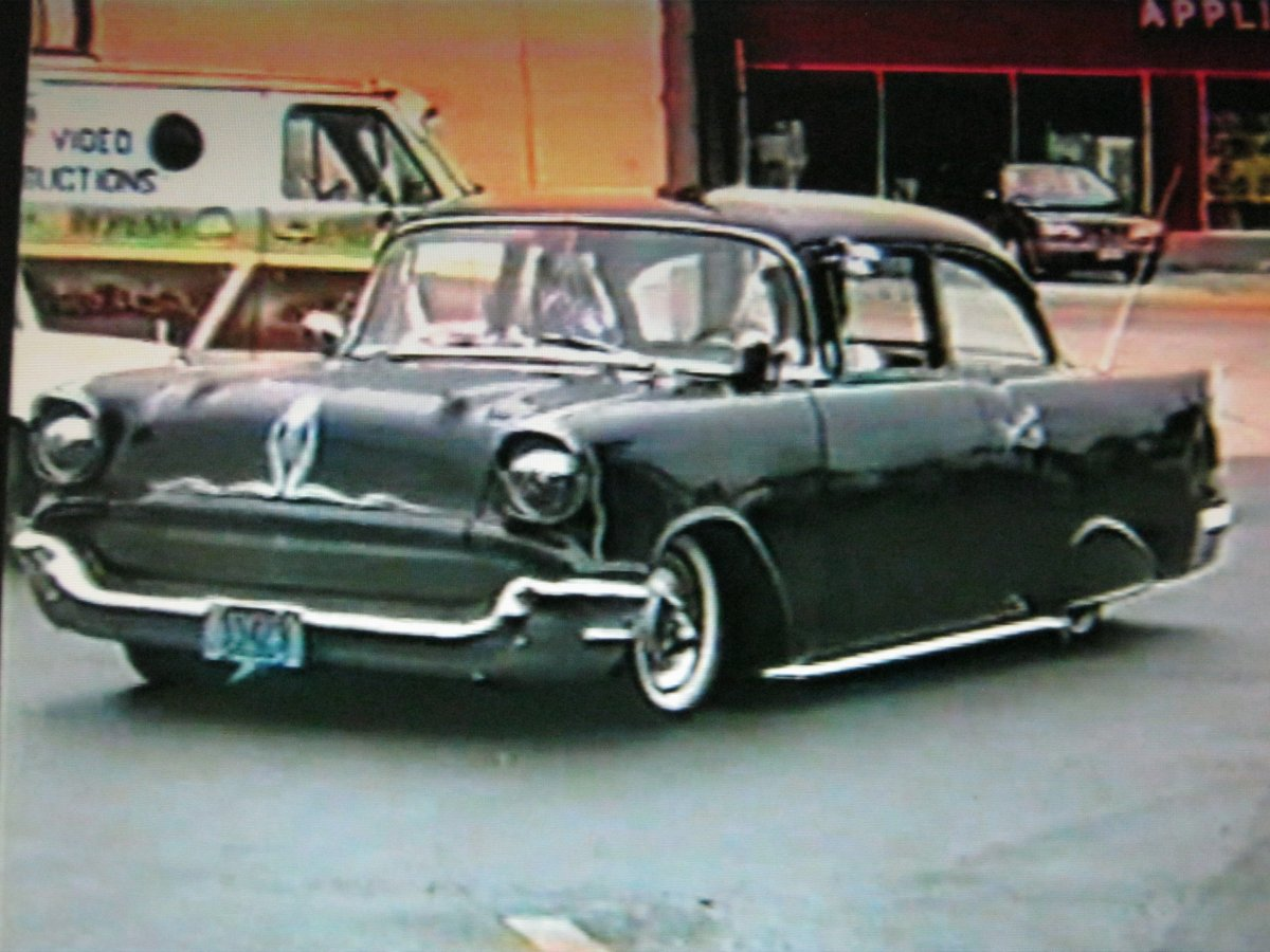 57 Chevy Lost in the 50s a SRFLRS 88.JPG