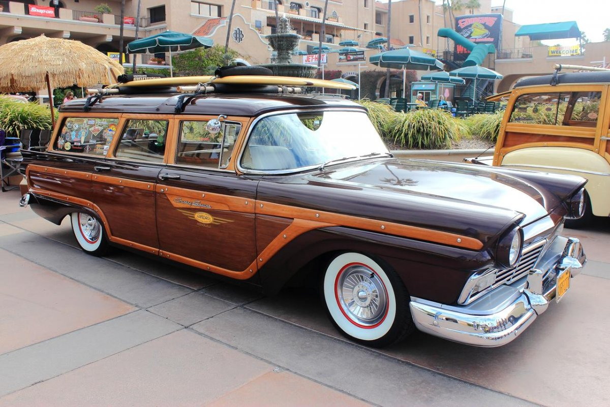57_ford_surf_wagon_by_drivenbychaos-d60pkl3.jpg