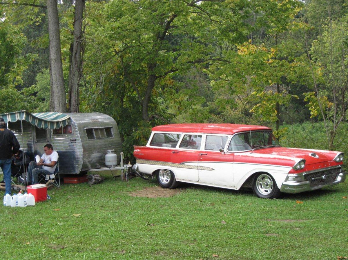 58 Ford Wagon Camper.jpg