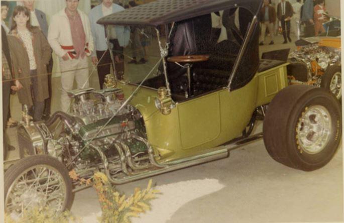 59 Dick Knutson's roadster.JPG