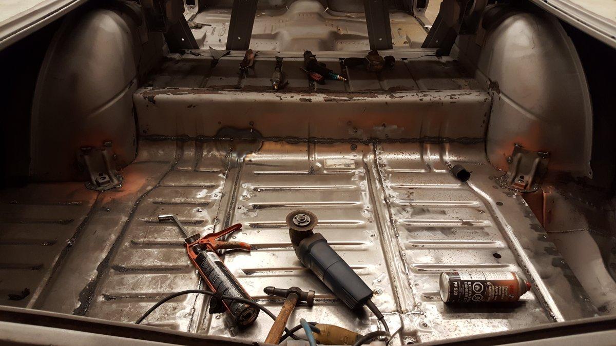 59 rear trunk.jpg