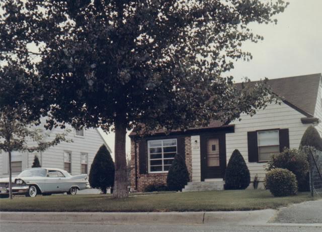 \'59 Sport Fury Vert  (circa 1961 @ St Louis Park, MN house).jpg