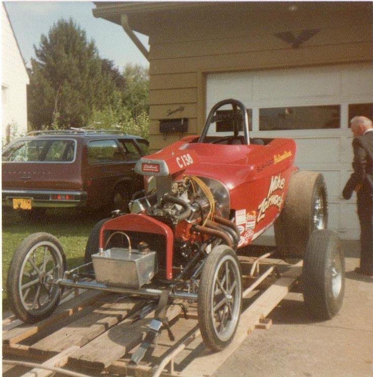 5c8b5bdc1a0c48af38d08dc6ed8b9fd7--retro-vintage-vintage-racing.jpg