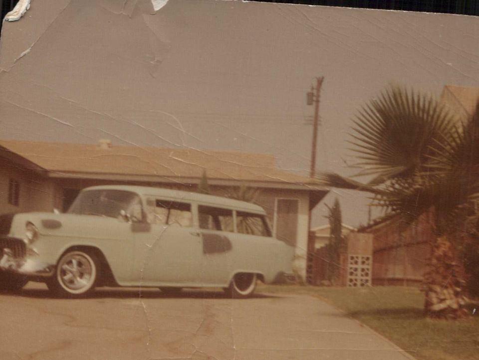 5th car - 1955 Chevrolet Handyman.jpg