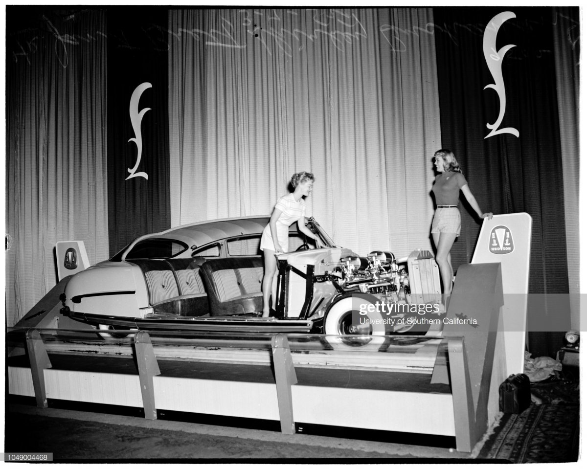 6 Automobile show at Pan-Pacific Auditorium, 1952d.jpg