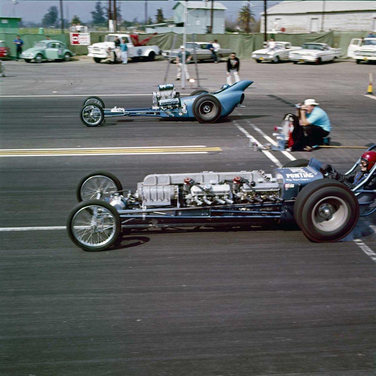 6 Gene Adams'AADragster driven by Tom McEwen.jpg