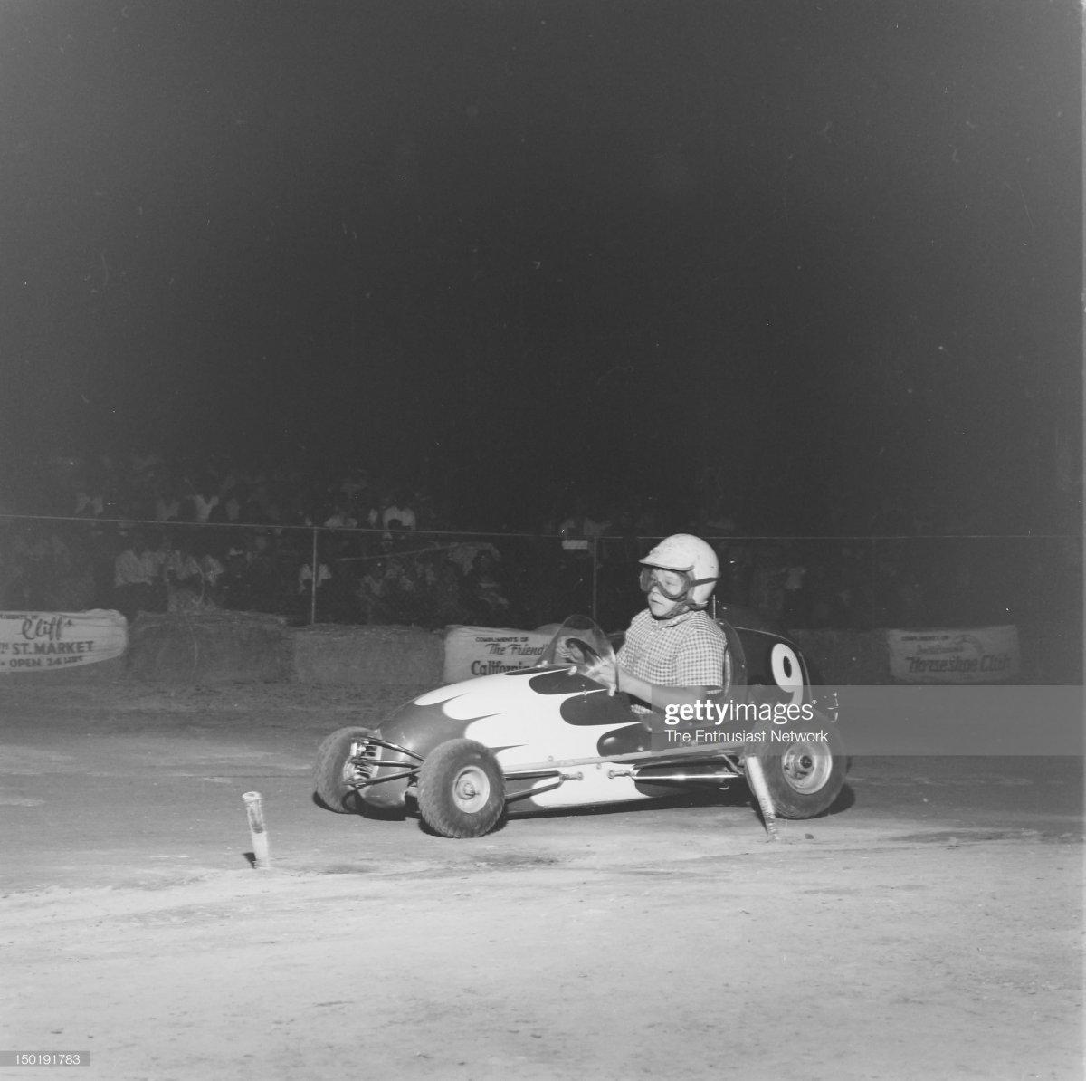 60 1956  Quarter Midgets at Las Vegas.3.jpg