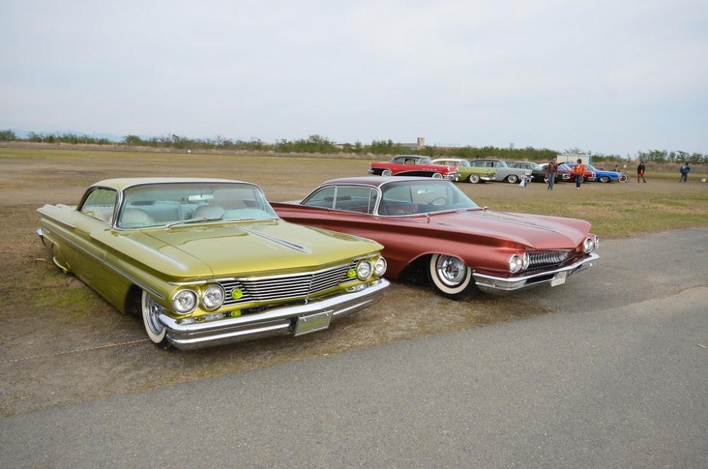 60 Pontiac-60 Buick.jpg