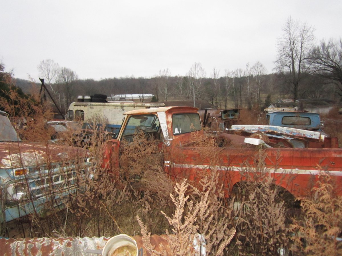 60 thru 66 trucks 008.JPG