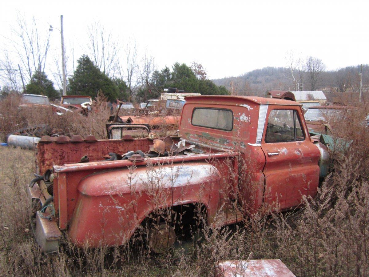 60 thru 66 trucks 014.JPG