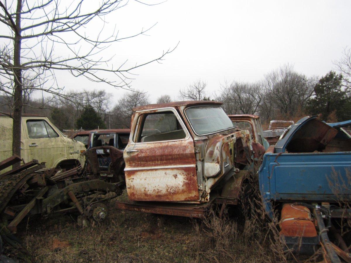 60 thru 66 trucks 021.JPG