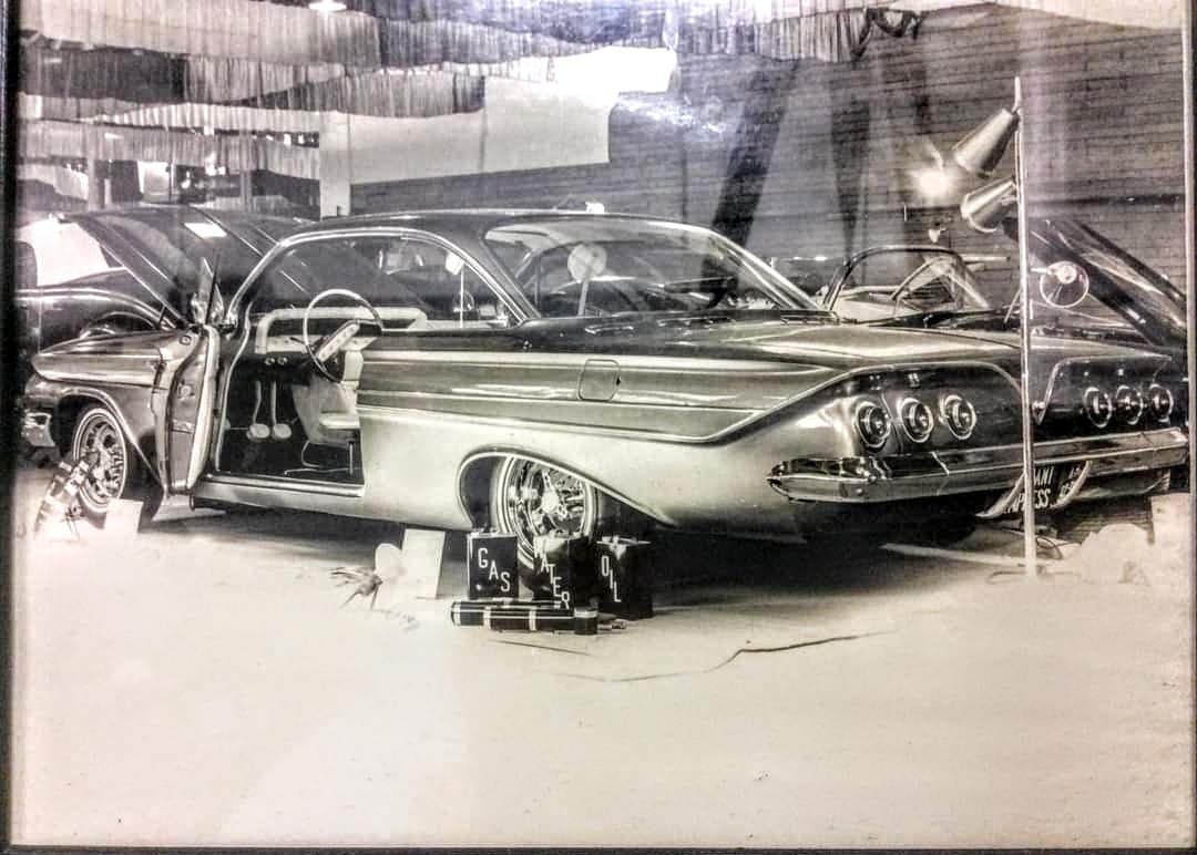 61 Chevrolet.jpg