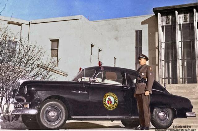 63 1949 North Dakota State Patrol Pontiac.jpg