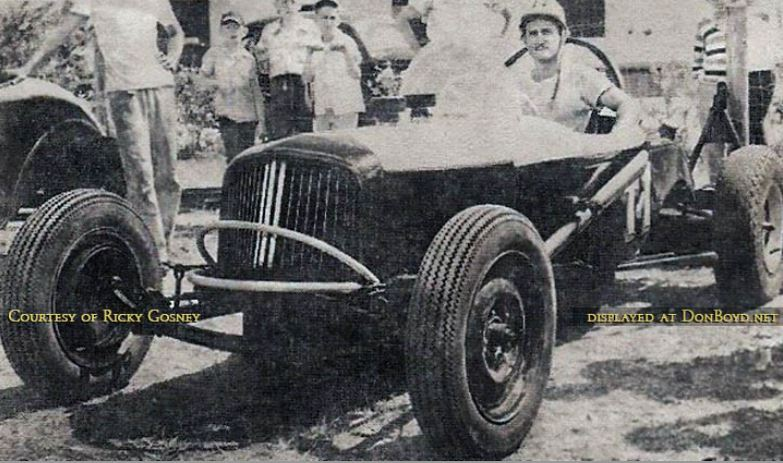 66 1949 - Dee Powell in his race car at the Opa-locka Speedway.JPG
