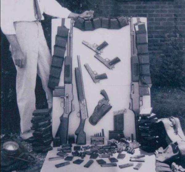 67 john dillengers arms.JPG