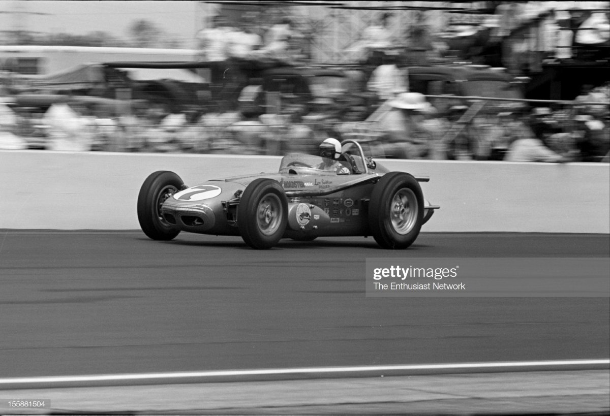 70  1962 Indianapolis 500. Len Sutton driving his Offenhauser powered Watson.jpg