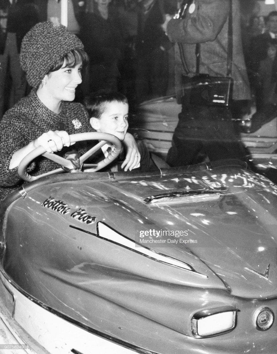 74 1961 Liz Taylor and 6-ye.jpg