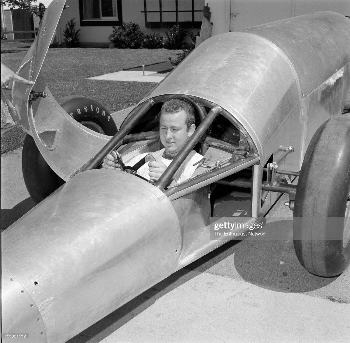 74 Bill Fredrick Valkyrie Jet Car1.jpg