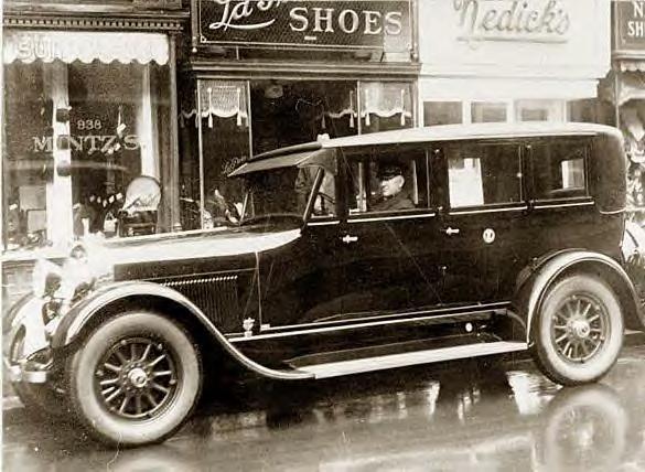 76 Coolidge, Calvin's new automobile, 1927.JPG