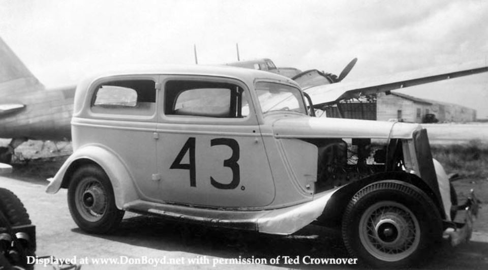 7c Ted Crownover's dad racing his 1934 Ford stock car.JPG