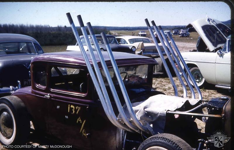 800px-1959-sanford-dragstrip-maine.jpg