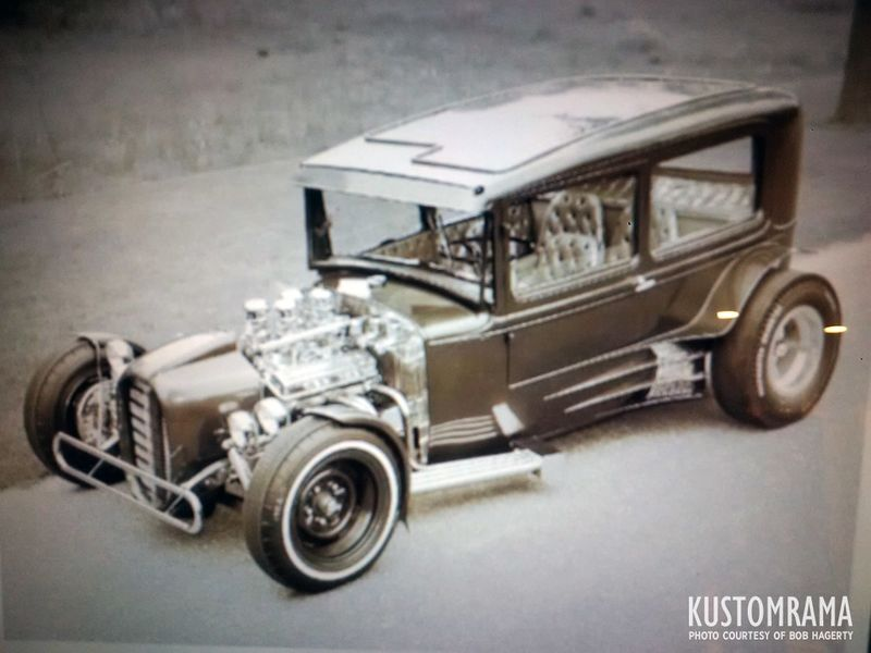 800px-Bob-hagerty-1931-ford-jade-east.jpg