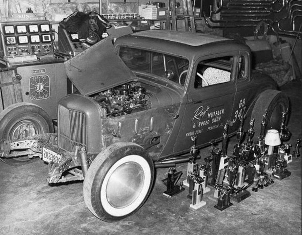 81 Ray's muffler and speed shop.jpg