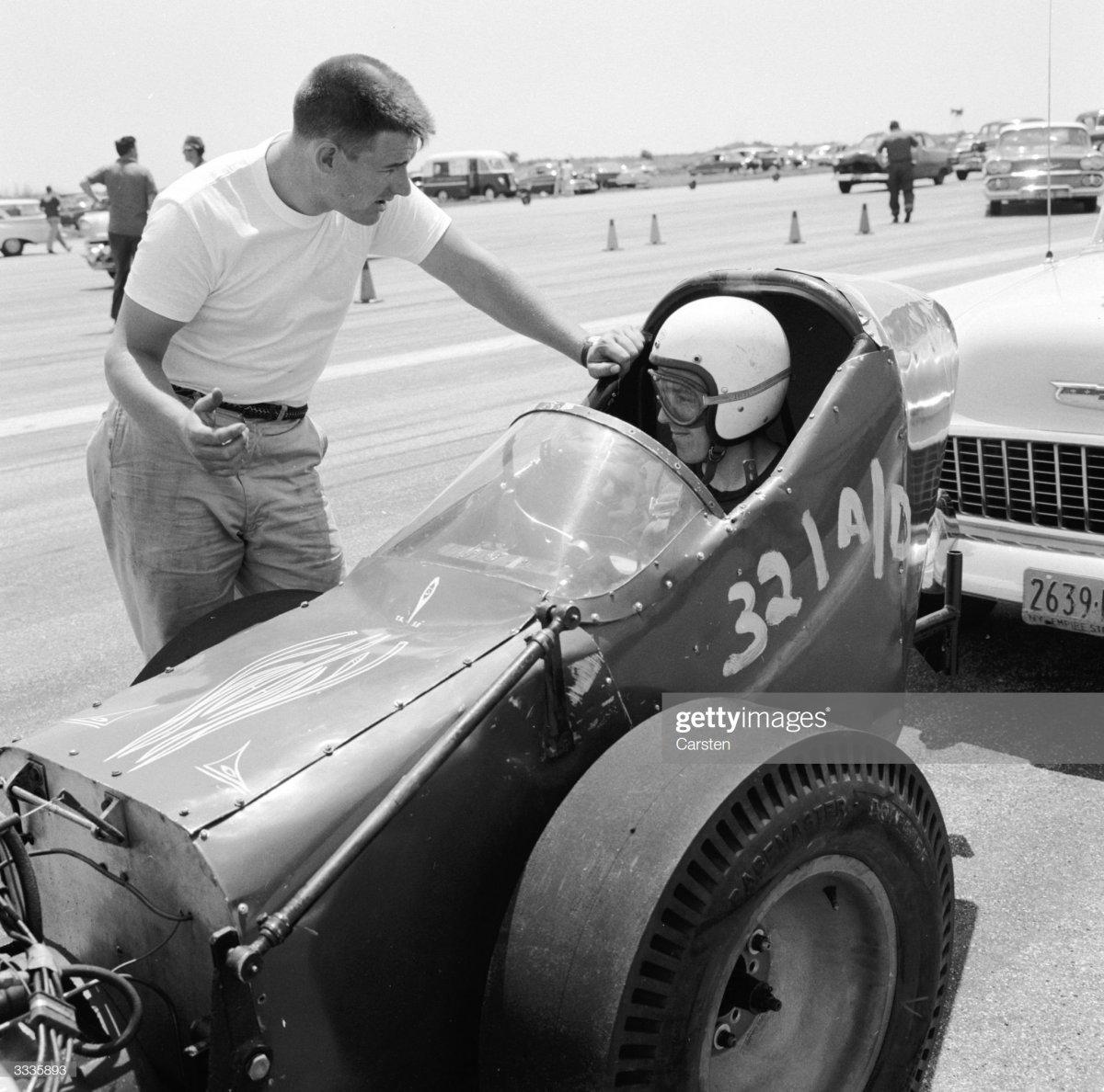 83 1959 Driver Jack Suther.jpg