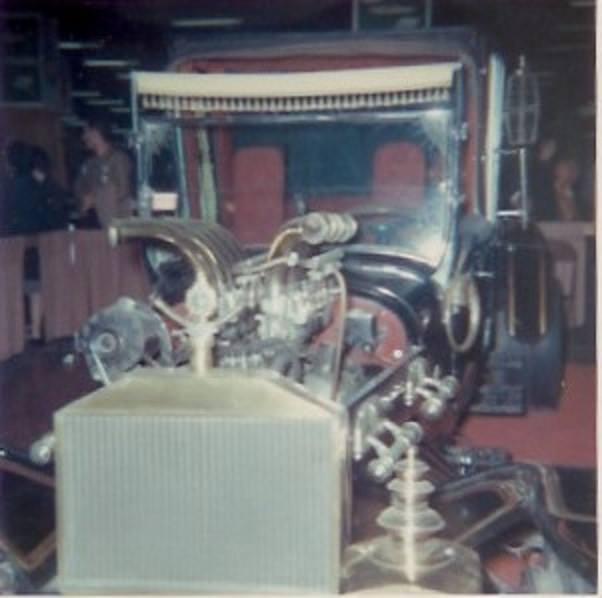 83a.jpg