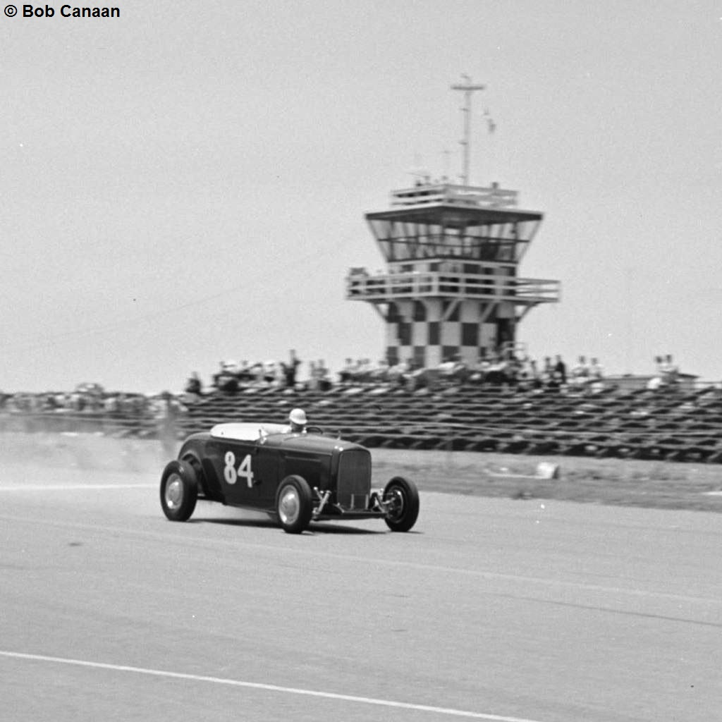 #84 Deuce Roadster at MCAF Tustin Drag Race (by Bob Canaan).JPG