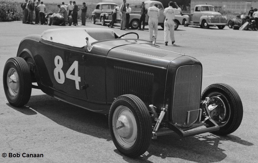 #84 Deuce Roadster parked (by Bob Canaan).JPG