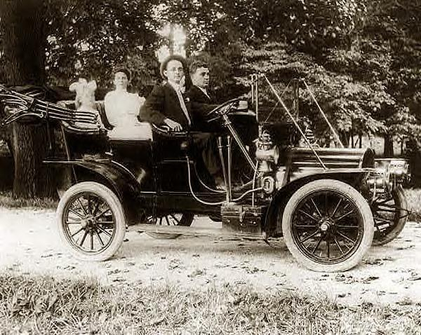84 French, Herbert E_, driving car, 1910.JPG