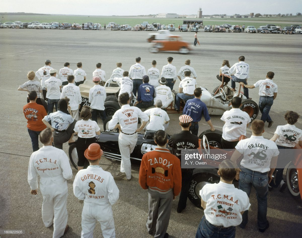 84 people watch a race at.jpg